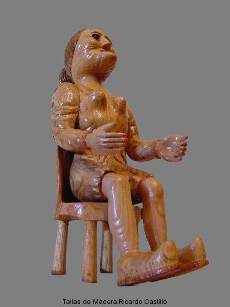 Nº82.La vieja sentada en la silla